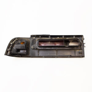 NISSAN CEFIRO A31 PRE-FACELIFT DRIVERS TAIL LIGHT