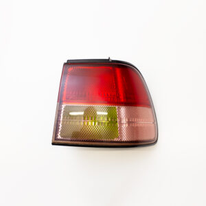 NISSAN LIBERTY & PRAIRIE M12 DRIVERS TAIL LIGHT
